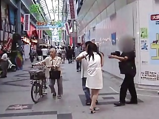 Hot Asian nude and fucki ng in public