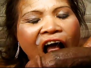 Older Woman Try Anal