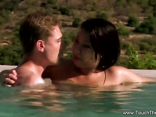 Loving Be imparted to murder Hot Oil Massage
