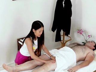 Asian hottie gives chap a rub with a happy achieving