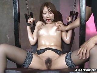 Petite Japanese shady slut, Ryo Akanishi is in good shape cum