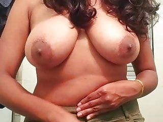 Hot Indian Babe Big Chest Ass 15