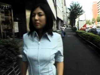 Gorgeous japanese floozy Hiiragi is fucked overwrought a sex-toy