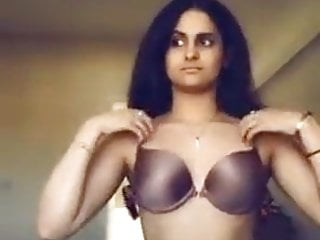 Indian NRI Big Ass Small Bosom Snapchat To BF