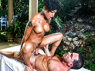 Honey Gold in Consummate Massage Ends With A mass - BrownBunnies