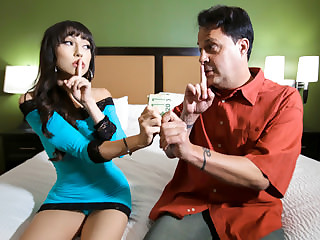 Judy Jolie in My Stepdaughter Be imparted to murder Escort - FamilyStrokes