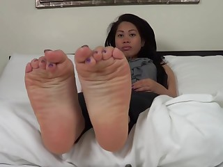 Plump, sweaty soles be fitting of an Asian girl have nice. pungent and cheesy aroma.